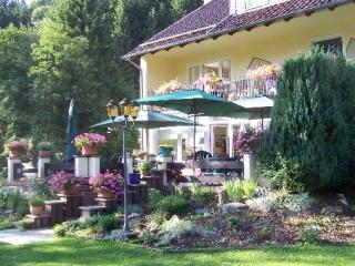 Garten und Terrasse, Bergpension Haus Vogelsang in Wildemann
