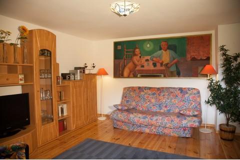 Wohnzimmer mit Klappcouch