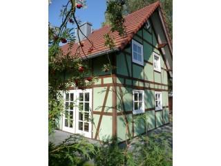 Seien Sie unsere Gäste in der Seegasse 4, Ferienhaus Hagebutte und Ferienhaus Vogelbeere in Göhren-Lebbin in Göhren-Lebbin