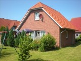 Ferienhaus Schramm - Garten, Terrasse, Spielgeräte, Wohn/Essbereich, 3 Schlafräume, 2 Duschbäder, in Norden, Ostfriesland