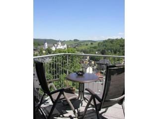 Panoramablick zu Schloss und Kirche, Ferienperle Erzgebirge in Schwarzenberg / Erzgebirge