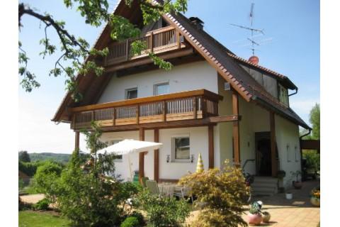 Hausansicht Ferienwohnung auf dem Dorf
