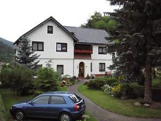 Hausansicht, Ferienwohnung Familie Henkel in Unterweißbach