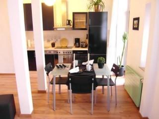 Küche + Essbereich, Ferienwohnung Gohlis in Leipzig