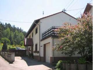 Hausansicht, Ferienwohnung Karst*** in Carlsberg, Pfalz