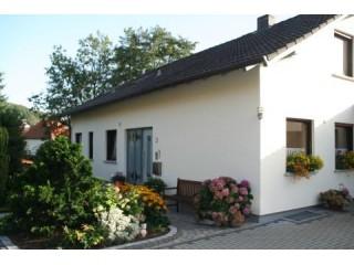 Wisselsroder Str. 3, Ferienwohnung Kirsch in Künzell