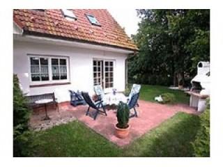 Hausansicht Ferienwohnung Kormoran, Ferienwohnung Zingst Ostseebad in Zingst, Ostseebad