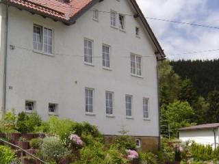 Hausansicht Ferienwohnung im Erdgeschoss, Ferienwohnung im Thüringer Wald in Katzhütte