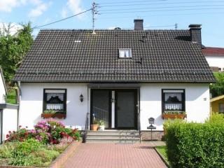 Straßenansicht FeWo, Ferienwohnung & Gästewohnung bei Adnau in Wimbach bei Adenau