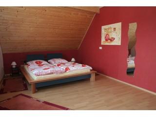 Schlafzimmer, Ferienwohnung Otterstadt in Otterstadt