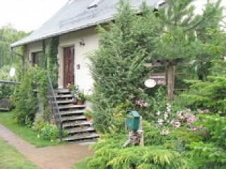 """Ansicht von der Straße, Ferienwohnung & Ferienhaus """"Am grünen Winkel"""" in Rheinsberg OT Zechlinerhütte"""