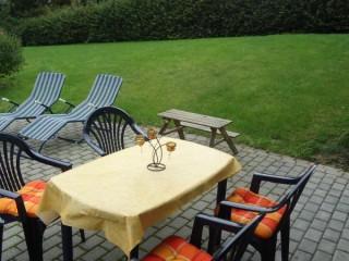 Terrasse & Garten, Ferienwohnung und Monteurzimmer Korbach in Korbach