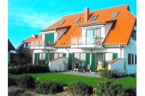 Haus mit 4 Wohnungen