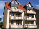 Ferienwohnungen - Am Seeufer - Balkon und Seeblick oder ebenerdig mit Terrasse in Waren (Müritz)