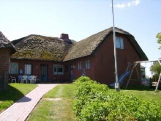 Hausansicht, Ferienwohnungen Große & Kleine Gaarde in Ockholm