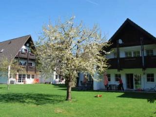 Ferienanlage vom Garten, Blick auf Typ D, Ferienwohnungen & Apartments Stricker in Walkenried