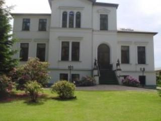 Hausansicht/ Ferienwohnungen, Ferienwohnungen & Bungalow Schnabel in Bad Doberan in Bad Doberan