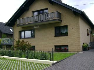 , Freuen Silvia in Blankenheim, Ahr