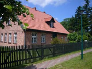 Schule, Gästehaus Alte Schule Rieth in Rieth, Deutschland