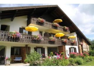 Hausansicht Gästehaus Franziska und Rudolf Strauß, Gästehaus Franziska und Rudolf Strauß in Bad Kohlgrub