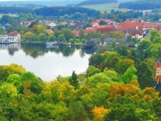 Die Krakower Seepromenade , Gästehaus Meyer in Krakow am See