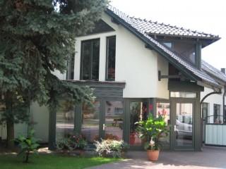 Hausansicht, Gästehaus & Pension bei Peitz und Cottbus | Schluzy in Heinersbrück