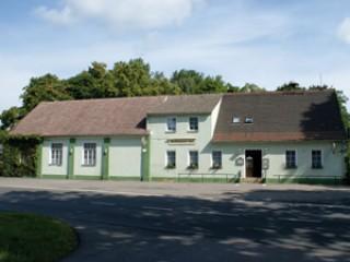 Hausansicht, Gaststätte & Pension Wolfshainer Hof in Tschernitz