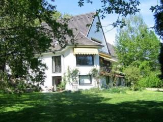 Südseite Ferienhaus, Haus Jagdschlösschen in Gersheim