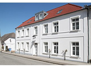 Haus Louise, Haus Louise - Ferienwohnungen in Putbus in Putbus