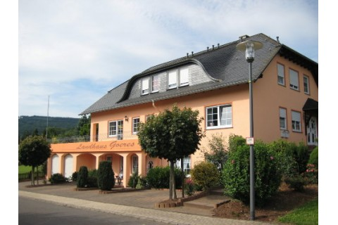 Vorderansicht Landhaus Goeres