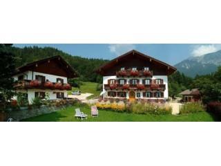 Landhaus Heisenbauer, Landhaus Heisenbauer | Ferienwohnungen | Zimmer in Bad Reichenhall
