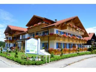 Landhaus Ohnesorg im Sommer, Landhaus Ohnesorg in Nesselwang