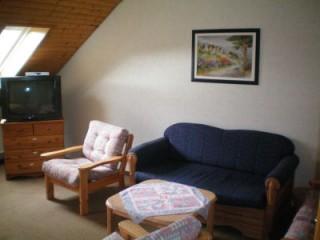 Die Sitzecke im zweiten Schlafzimmer, Ferienwohnung & Monteurzimmer in Wilhelmshaven in Wilhelmshaven