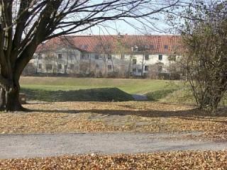 Blick zur Ferienwohnung, ruhige Anliegerstraße, Moderne Gästewohnung mit Garten in Dresden in Dresden