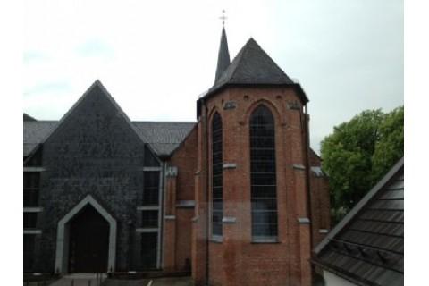 Kirche St. Josef-Krahenhöhe, Blick aus dem Fenster
