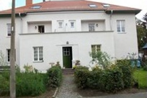 villa kunterbunt in berlin mieten. Black Bedroom Furniture Sets. Home Design Ideas