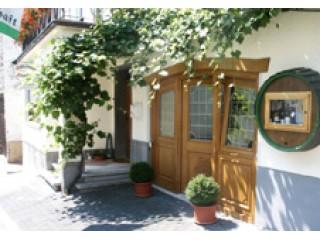 , Weingut Ferres | Ferienwohnungen | Mosel in Minheim, Mosel