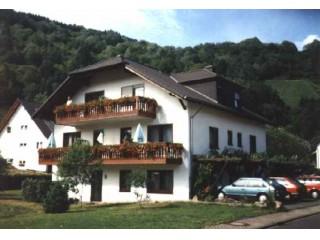 Gästehaus, Weinkeller Giebelhöll in Weinähr