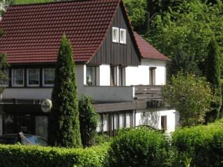 Hausansicht vom Parkplatz aus, Gästezimmer Zur Alten Eibe in Luftkurtort Lückendorf / Gemeinde Oybin